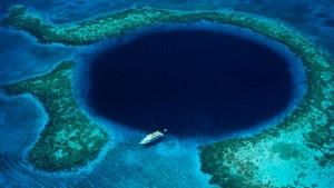 Great-Blue-Hole.rend.tccom.966.544